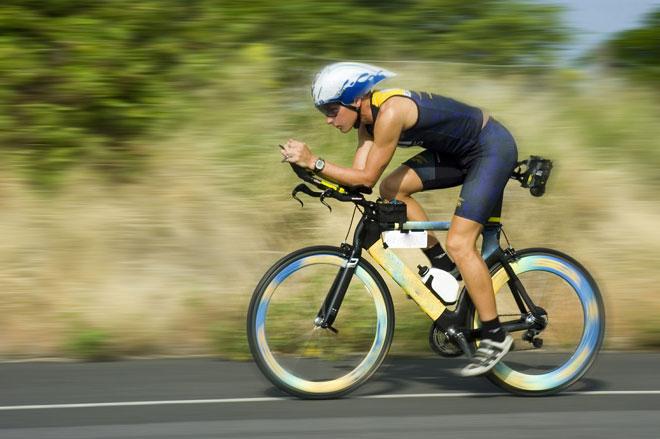Auc im Radsport wird Kompressionsbekleidung getragen Foto: © skeeze, pixabay.com auf - www.kompressionstruempfe-online.de