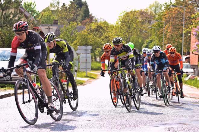 Radrennfahrer - www.kompressionsstruempfe-onlin.de